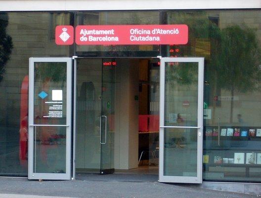 Justlanded bcn empadronamiento barcelona offices for Oficina de empadronamiento